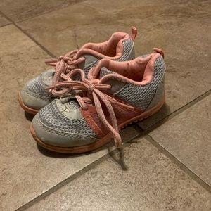 OshKosh Toddler girls tennis shoes